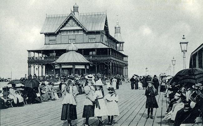 Pavilion on South Pier